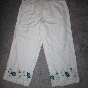 DRESSBARD NEW WHITE CAPRIS PANTS FLORAL DESIGN 12